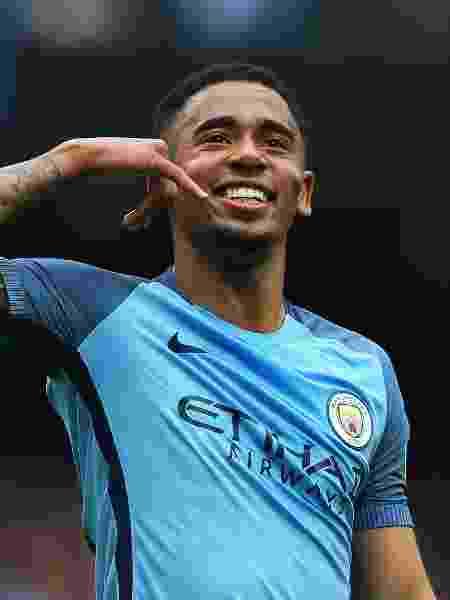Gabriel Jesus comemora gol fazendo o gesto Alô, mãe - Alex Livesey/Getty Images - Alex Livesey/Getty Images