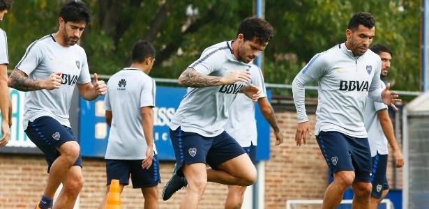 Tevez treinou normalmente e vem com o Boca Juniors a Sâo Paulo para encarar o Palmeiras