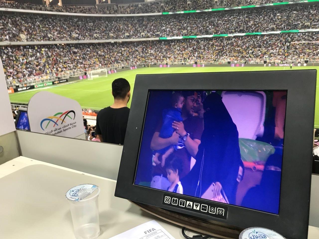 Mulher ganhou carro em sorteio no intervalo de Brasil x Argentina