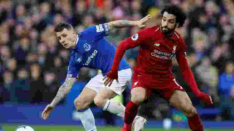 Mohamed Salah, do Liverpool, e Lucas Digne, do Everton - Phil Noble/Reuters - Phil Noble/Reuters