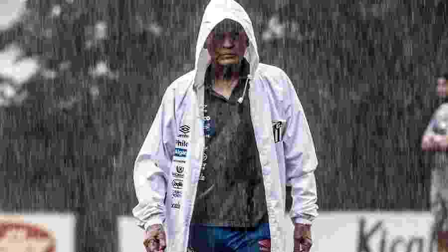 Jesualdo Ferreira treino o Santos sob chuva no CT - Ivan Storti/Santos FC