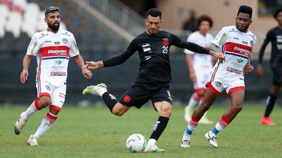 Com contrato com o Vasco até dezembro, Raul está balançado com uma proposta do Red Bull Bragantino  - Rafael Ribeiro / Vasco