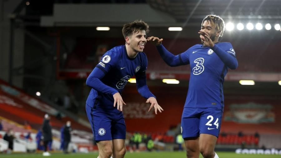 Mount comemora gol contra o Liverpool pelo Inglês - Phil Noble/PA Images via Getty Images