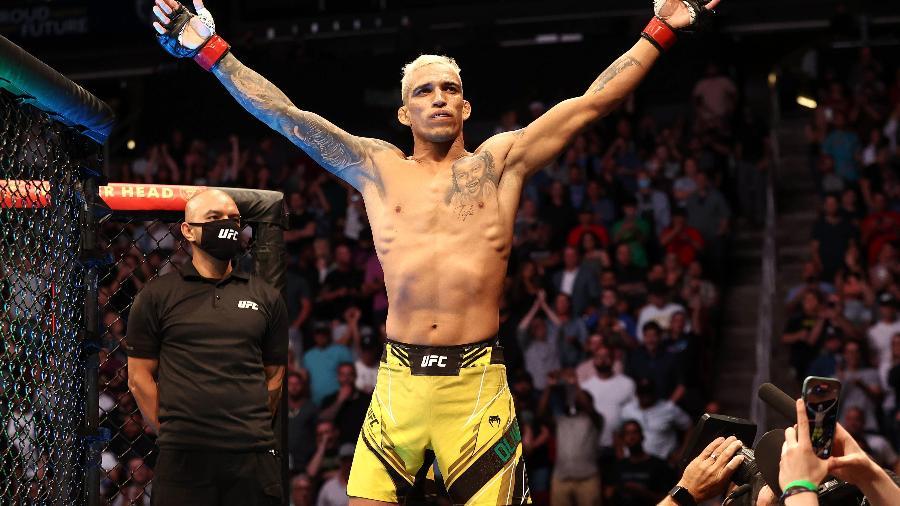 """É campeão! Charles """"Do Bronx"""" faz história e nocauteia Chandler no UFC 262 - Troy Taormina-USA TODAY Sports"""