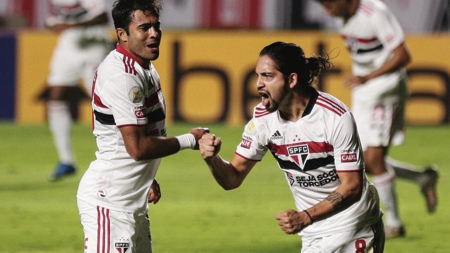 Benitez, jogador do São Paulo, comemora seu gol durante partida contra o Cuiabá - Ettore Chiereguini/AGIF