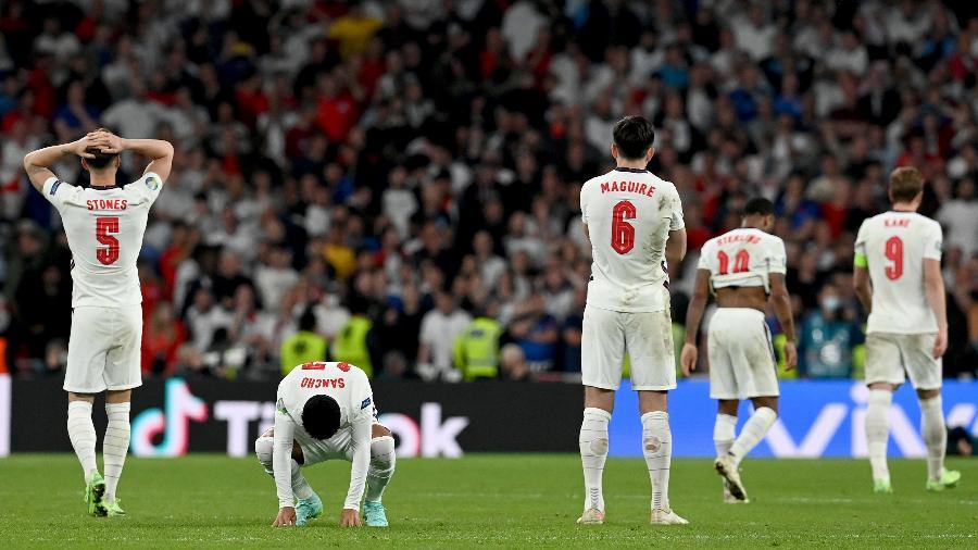 Jogadores da Inglaterra se desesperam com derrota na final da Eurocopa -  Paul Ellis - Pool/Getty Images