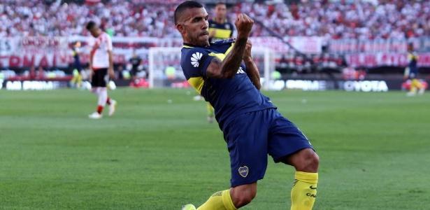 Tevez foi o nome da vitória do Boca por 4 a 2 contra o River no fim de semana