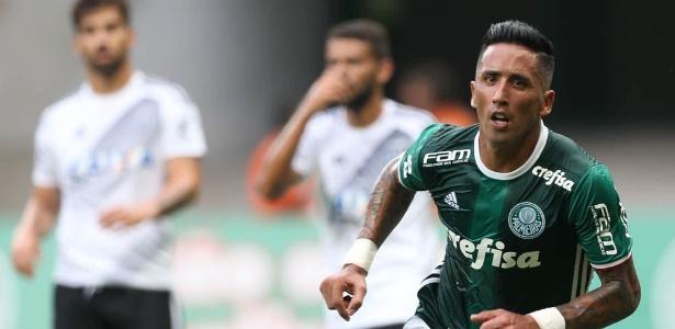 Lucas Barrios deixou a concentração palmeirense na última terça-feira - Agência Palmeiras