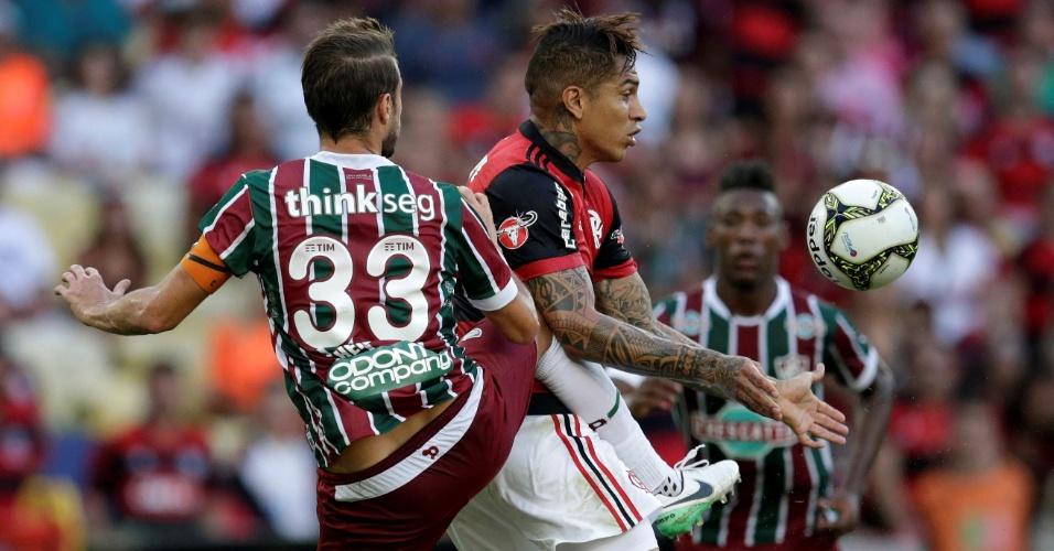Guerrero encara a marcação de Henrique na decisão do Campeonato Carioca
