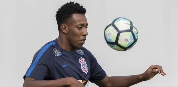 Lateral esquerdo Moisés em ação; jogador não agradou Carille e está fora dos planos - Daniel Augusto Jr. / Ag. Corinthians