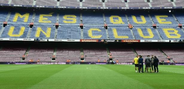 Camp Nou vazio para jogo contra o Las Palmas no dia do referendo