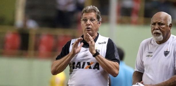 Oswaldo de Oliveira, técnico do Atlético-MG, já sobre bastante cobrança da torcida
