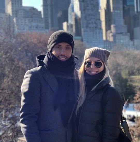 Nenê curte férias com a sua mulher em Nova Iorque, nos Estados Unidos