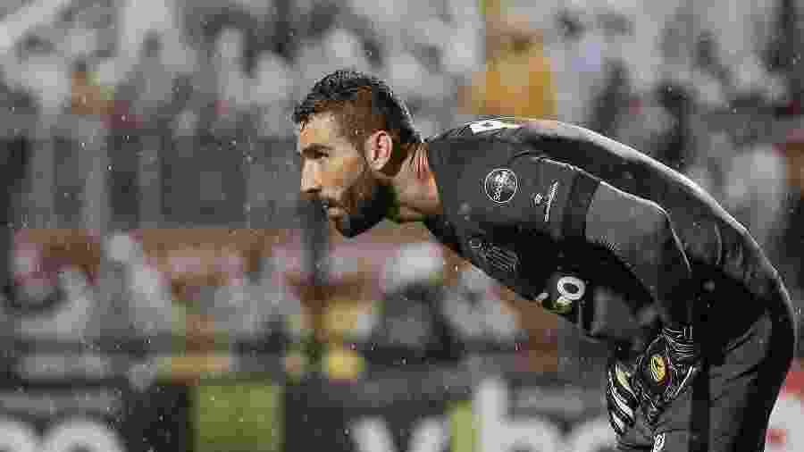 Vanderlei, goleiro do Santos, analisa o jogo contra o Corinthians - Marcello Zambrana/AGIF