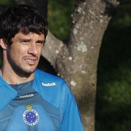 Volante Fabrício durante treino do Cruzeiro em 2010 - Washington Alves/Vipcomm