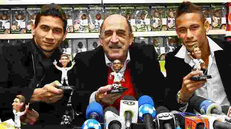Ganso Neymar bonecos - Ricardo Saibun/Santos FC - Ricardo Saibun/Santos FC