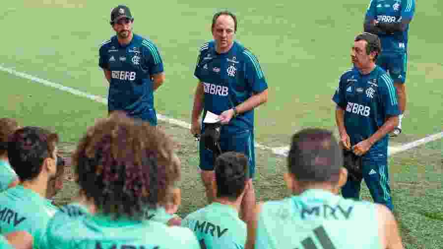 Técnico Rogério Ceni no primeiro treino no comando do Flamengo - Alexandre Vidal / Flamengo
