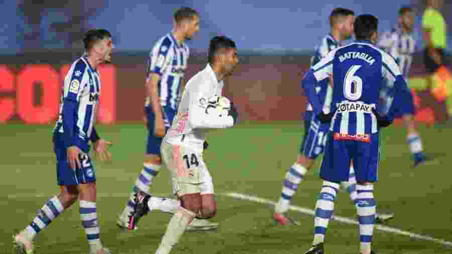 Casemiro marca na derrota do Real Madrid para o Alavés - Denis Doyle/Getty Images