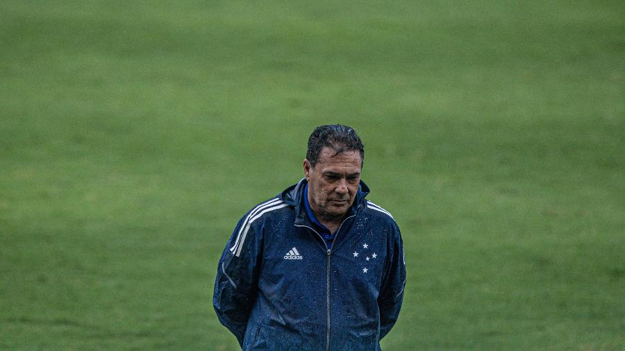 Vanderlei Luxemburgo completa a 7ª partida nesta nova passagem pelo Cruzeiro - Celio Junior/AGIF