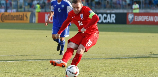 49dba9a28d Rooney iguala recorde e Inglaterra se classifica  Espanha vence o ...