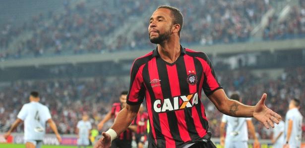 Hernani marcou seis gols pelo Atlético-PR neste Campeonato Brasileiro - Jason Silva/AGIF