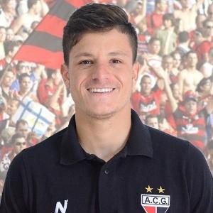 Lucas Crispim está emprestado ao Atlético-GO