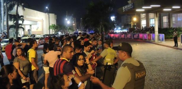 Seleção na Colômbia: euforia e devoção por Neymar, mas nada de Chapecoense