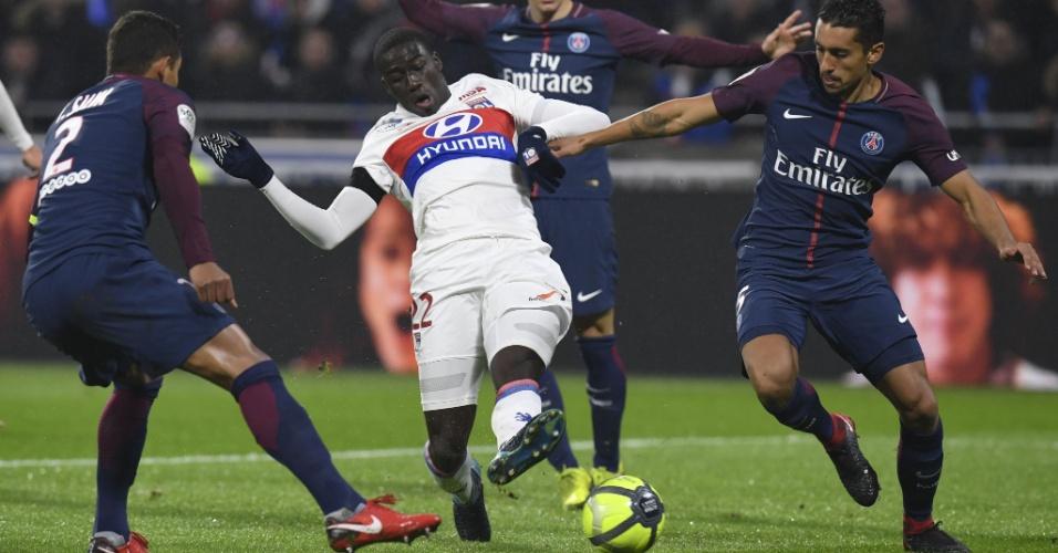 Thiago Silva e Marquinhos em ação pelo PSG contra o Lyon