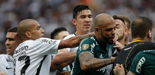 Clayson e Felipe Melo foram expulsos no jogo de ida da final do Paulistão