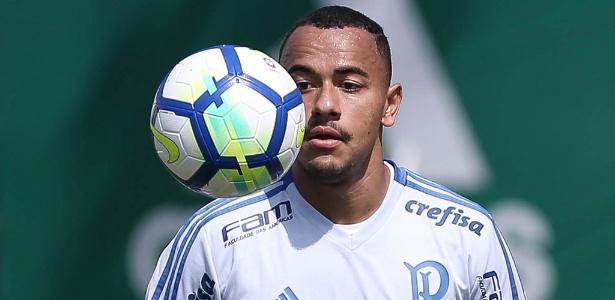 De contrato renovado com o Palmeiras 36c39417ae22d