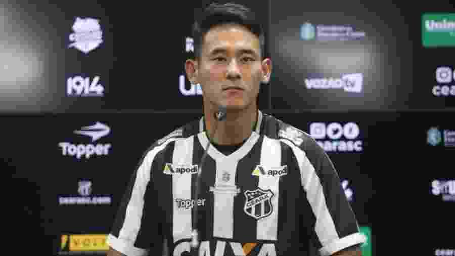Meia sul-coreano Chico foi contratado pelo Ceará no começo da atual temporada - Divulgação/Ceará