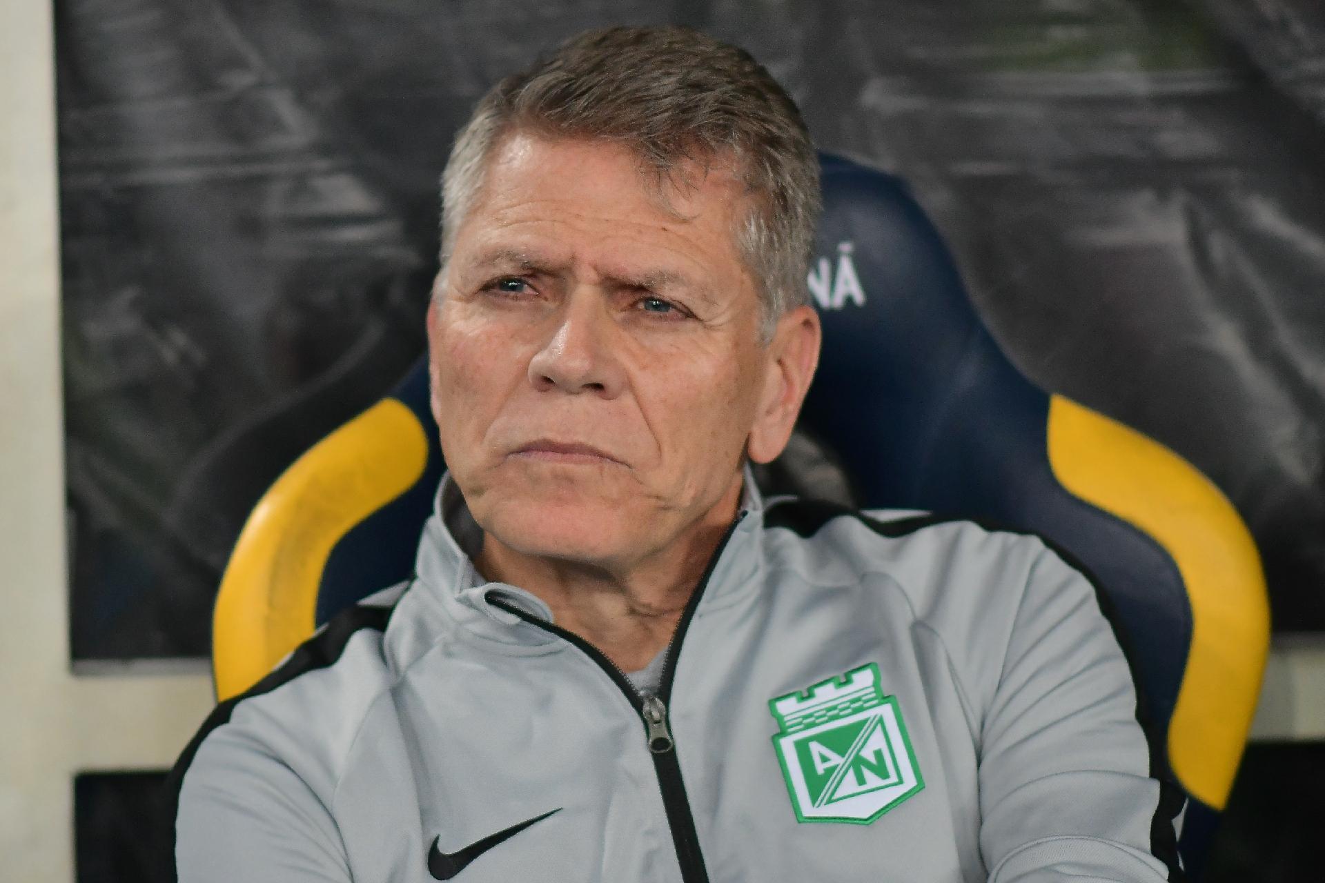 Santos acerta com Paulo Autuori para compor departamento de ...