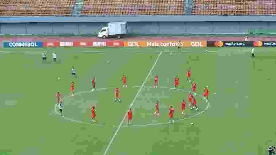 Seleção peruana contou com retornos de Zambrano e Ruidiaz em Pituaçu e deverá estar completa sábado - Gabriel Carneiro/UOL