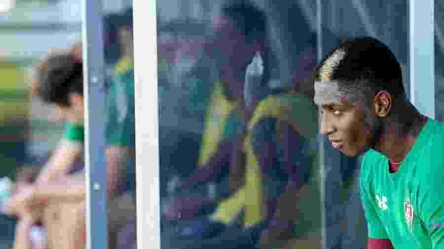 Yony González não deve permanecer no Fluminense em 2020 - Lucas Merçon/Fluminense FC