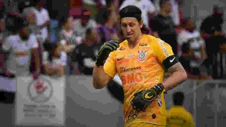Cássio, durante jogo entre Corinthians e Fluminense - Andre Borges/AGIF