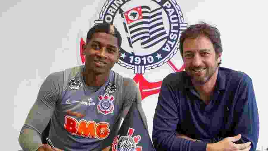 Yony González, inicialmente, assina empréstimo de seis meses com o Corinthians, mas acordo termina em 2023 - Foto: Daniel Augusto Jr./Agência Corinthians