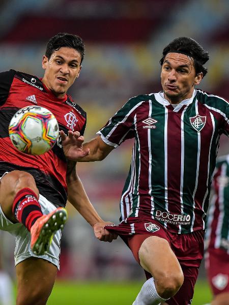 Pedro, do Flamengo, e Matheus Ferraz, do Fluminense, disputam bola na final do Carioca 2020 - Thiago Ribeiro/AGIF