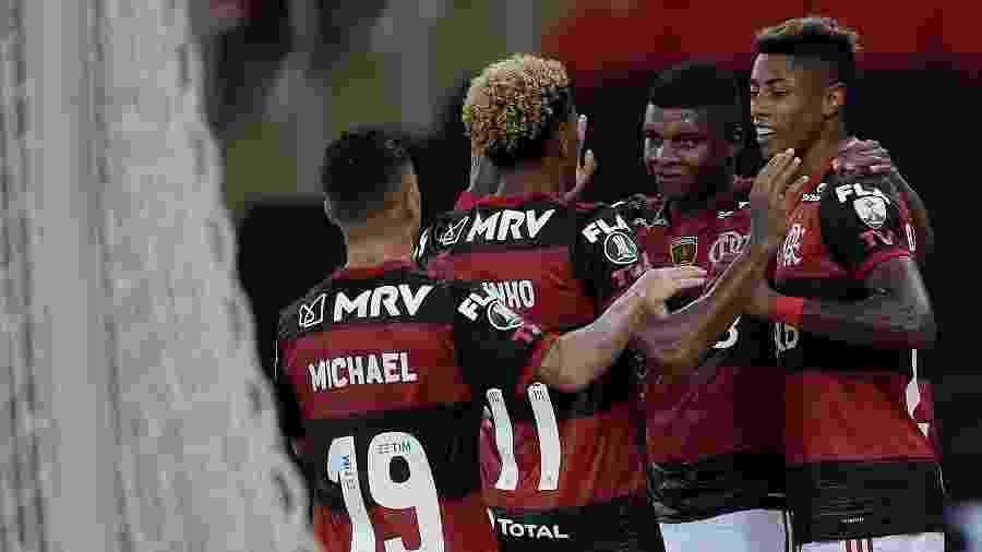 Jogadores do Flamengo celebram gol contra o Junior Barranquilla - Alexandre Loureiro/Conmebol