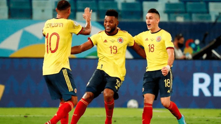 Jogadores da Colômbia celebram gol na Copa América - Reprodução/Instagram