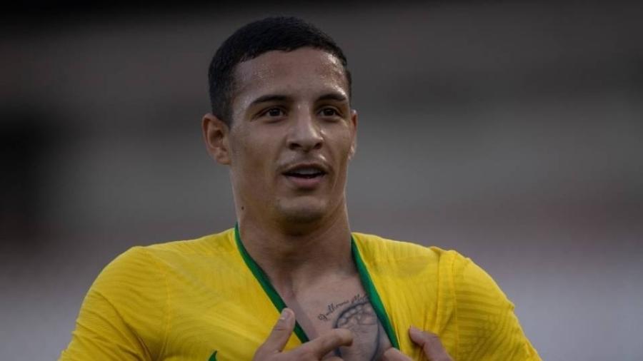 Arana pode repetir feito de Uilson e Douglas Santos, e ganhar ouro olímpico como jogador do Galo - Ricardo Nogueira/CBF