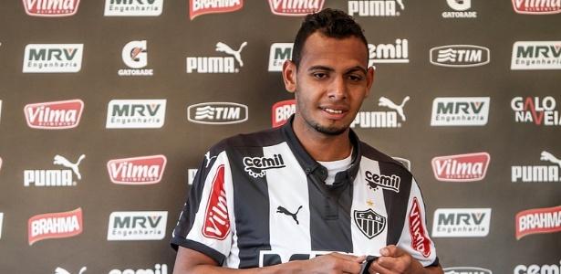 Lateral-esquerdo Mansur chegou ao Atlético-MG em agosto de 2015 e jogou apenas cinco vezes - Bruno Cantini/Clube Atlético Mineiro