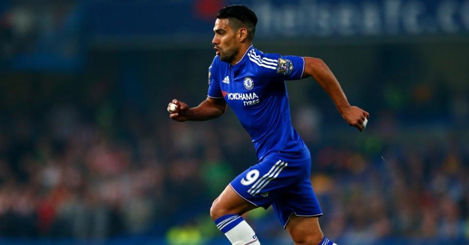 Falcao García em ação com a camisa do Chelsea