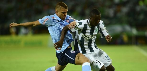 Cruzeiro não aceitou proposta do Barranquilla e anunciou a desistência de Cuéllar - RAUL ARBOLEDA / AFP