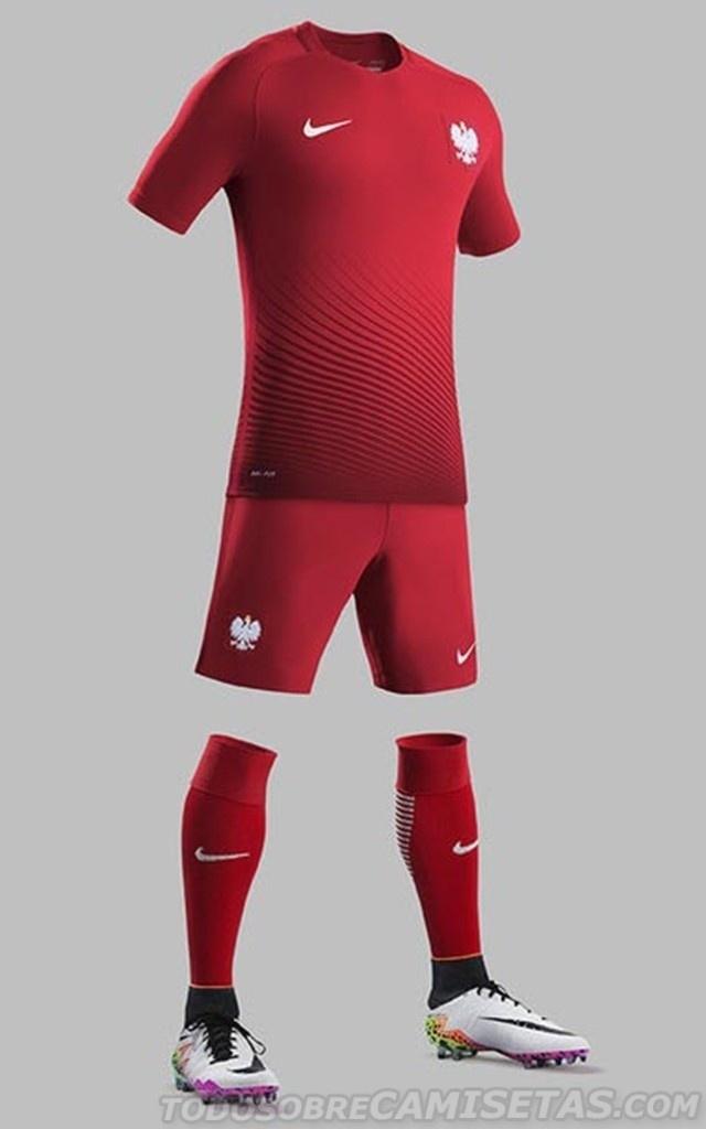 GRUPO C: Polônia (camisa reserva, Puma)