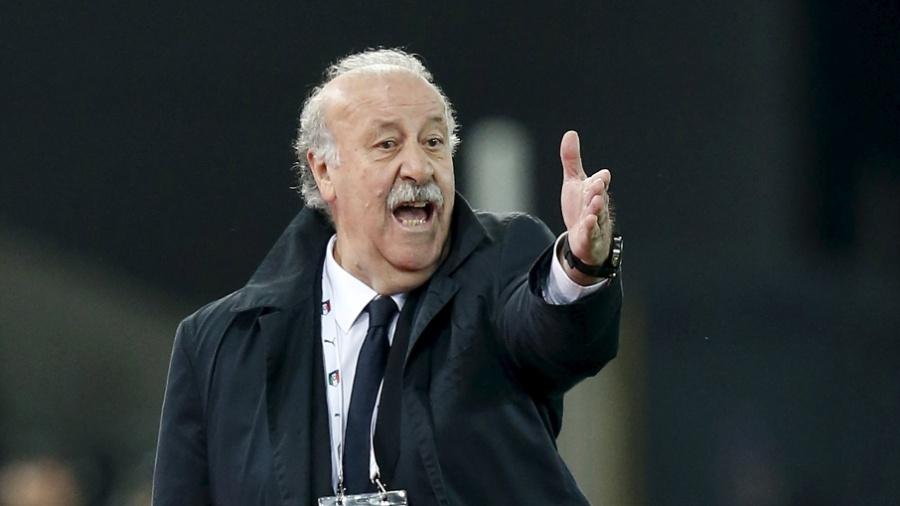 Vicente del Bosque dá instruções à seleção da Espanha - Alessandro Garofalo/REUTERS
