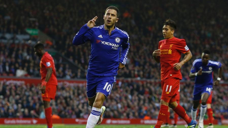 Hazard marca para o Chelsea em jogo contra o Liverpool - Andrew Yates/Reuters
