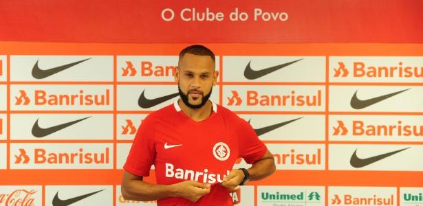 Carlinhos quer mais paciência da torcida do Internacional com o time - Ricardo Duarte/Inter