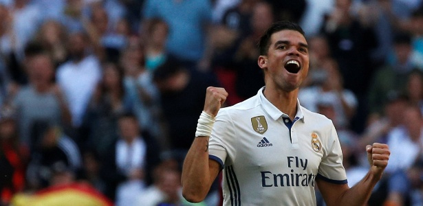 Pepe se despediu do Real Madrid com título