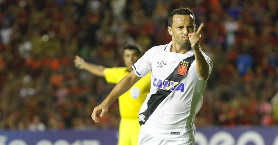 Nenê comemora gol pelo Vasco contra o Sport, na Ilha do Retiro