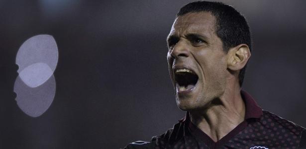 José Sand comemora vitória do Lanús sobre o River Plate pela Libertadores